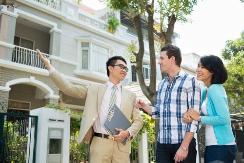 Какие есть нюансы при продаже комнаты в коммунальной квартире?